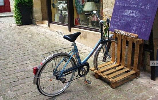 pallete bike stand2